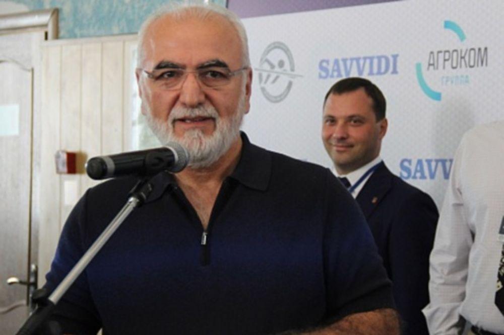Σαββίδης: «Πληρώνω και παίρνω την άδεια!»
