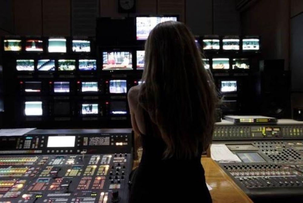 Τηλεοπτικές άδειες: Ποια είναι τα επόμενα βήματα μετά την «απόσυρση» Καλογρίτσα