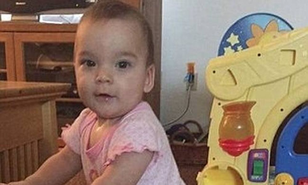 Φρικιαστικό: Νεκρό 10 μηνών κοριτσάκι μετά τον βιασμό από τον σύντροφο της μητέρας του (pics+vid)