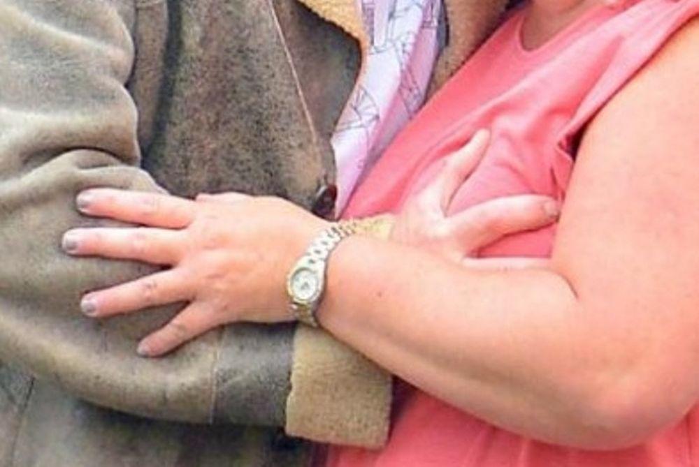 Γκασκόιν σε θαυμάστρια: Του ζήτησε φωτογραφία και εκείνος τη χούφτωσε! (photos)