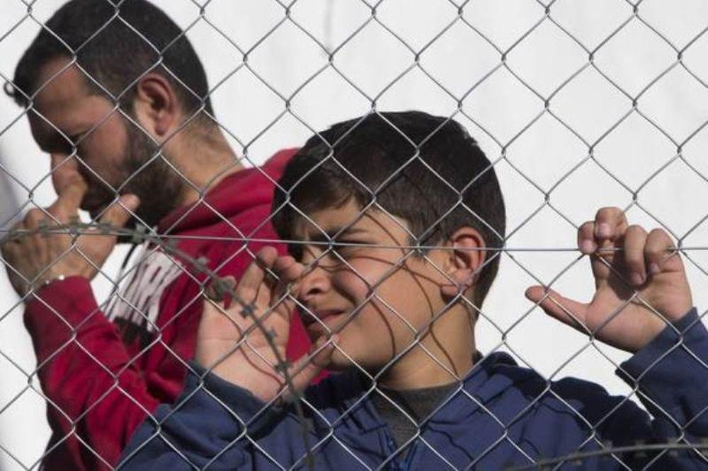 Το συγκινητικό μήνυμα αστυνομικού στο Facebook για τα προσφυγόπουλα που ραγίζει καρδιές