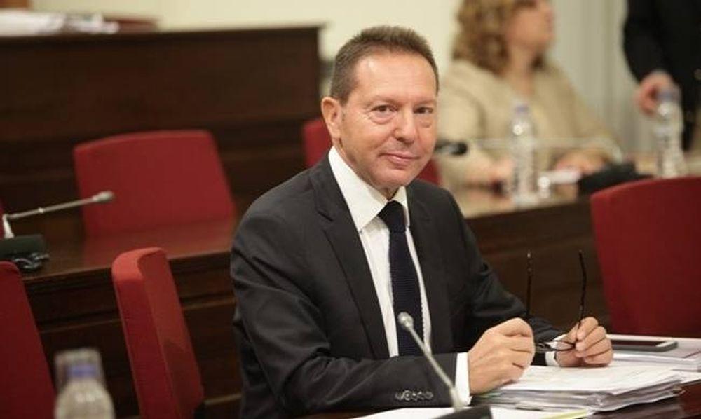«Κεραυνοί» Στουρνάρα - Ο Βαρουφάκης είπε στην ΕΚΤ : «Είμαι ΥΠΟΙΚ μιας χρεοκοπημένης χώρας!»
