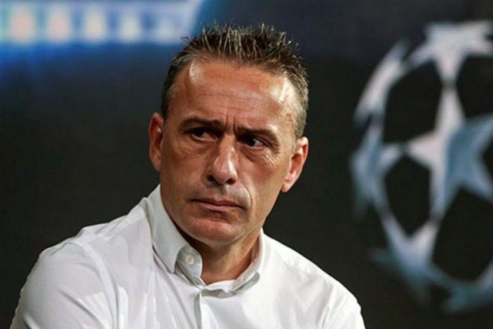 Ο «οργανωτής» προβληματίζει τον Μπέντο