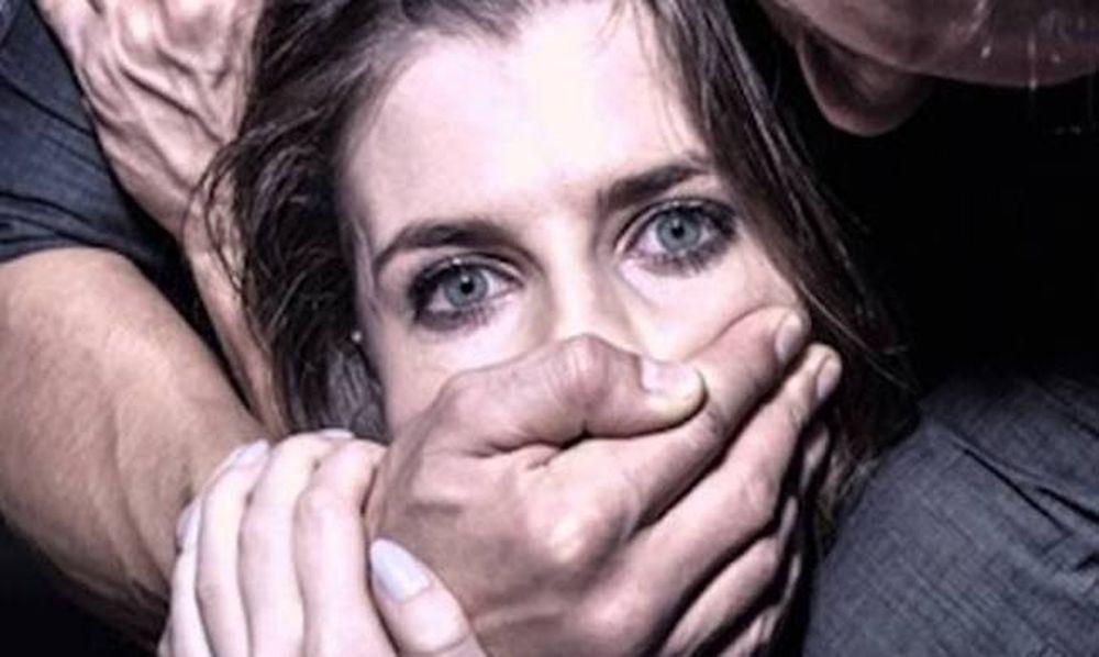 Φρίκη: Μετανάστες βίασαν ομαδικά διερμηνέα κατά τη διάρκεια ρεπορτάζ!