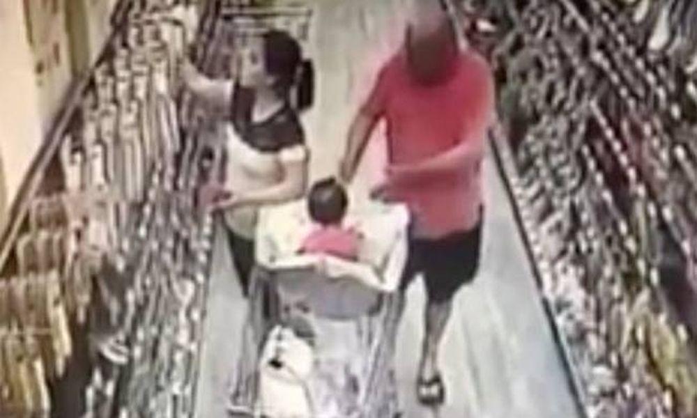 Ο χειρότερος εφιάλτης: Επιχείρησαν να της κλέψουν το παιδί μπροστά στα μάτια της! (vid)