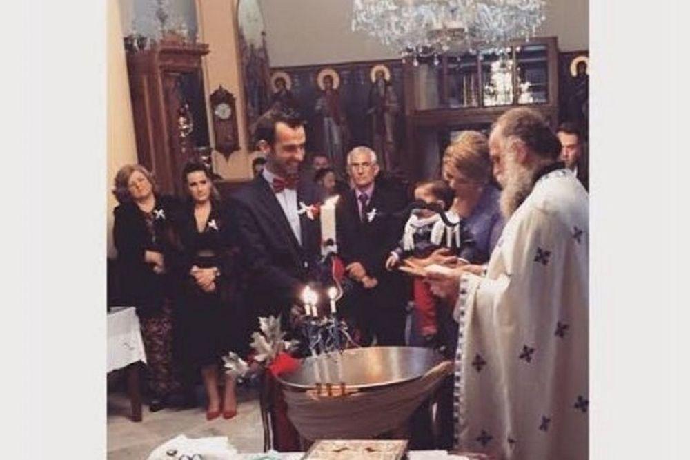 Ντροπή. Έλληνας ποδοσφαιριστής γύρισε την πλάτη στη βάφτιση του παιδιού του