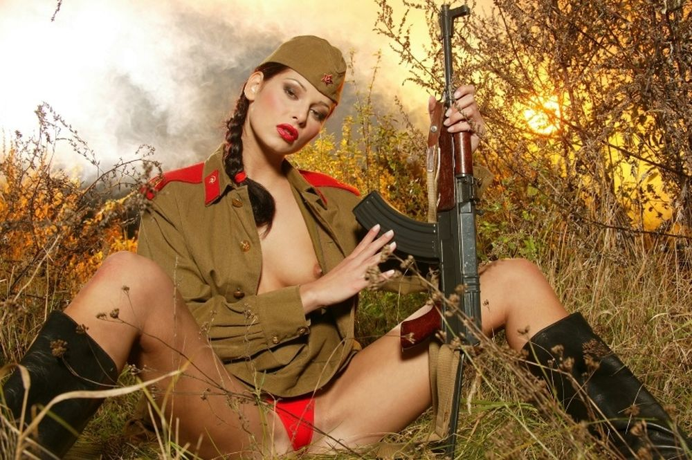 Ποιο όπλο θα διάλεγες;
