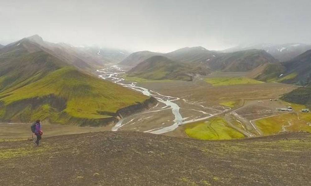 Το βίντεο που θα σε στείλει στην εξωπραγματικότητα της Ισλανδίας