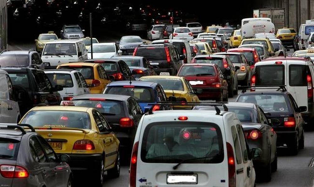 ΤΩΡΑ: Μποτιλιάρισμα στους δρόμους της Αθήνας – Ποια σημεία να αποφύγετε