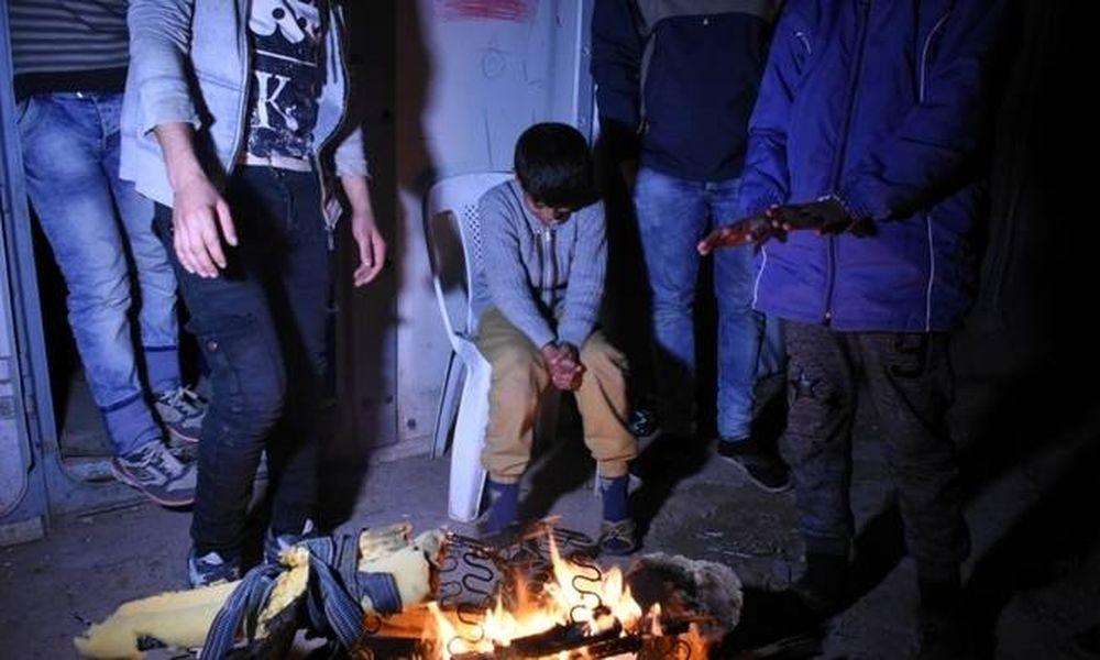 Χίος: Σε απόγνωση οι πρόσφυγες - Χωρίς ρεύμα και νερό για μέρες ο καταυλισμός της Σούδας