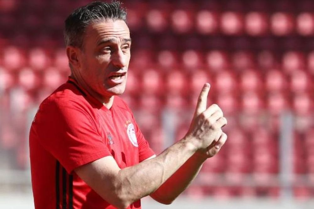 Μπέντο: «Να συνεχίσει η ομάδα να έχει επιτυχίες»