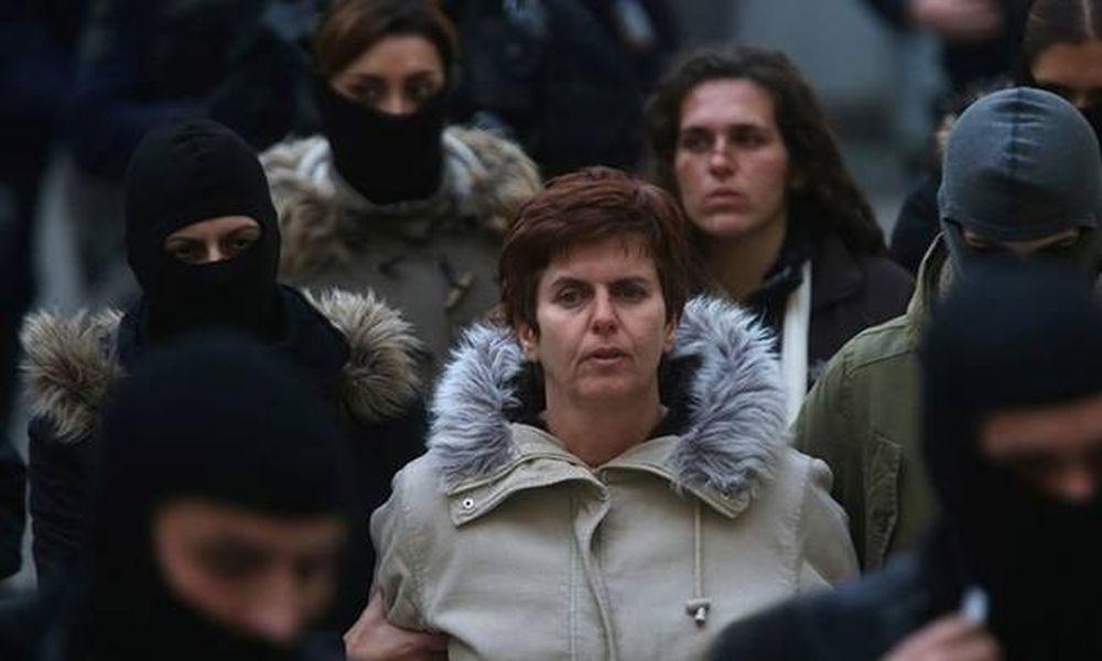 Πόλα Ρούπα: Έκρυβε ολόκληρο οπλοστάσιο στο σπίτι της Ηλιούπολης (photos)