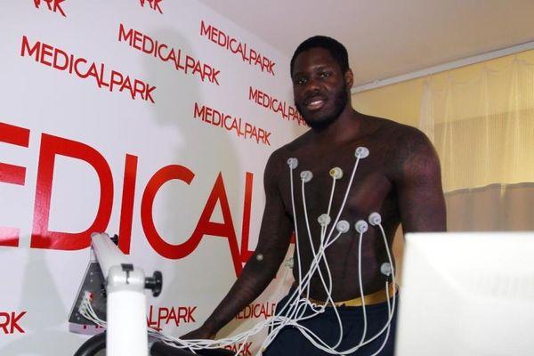 Πέρασε ιατρικά στη Φενέρ ο Μπένετ! (photos)