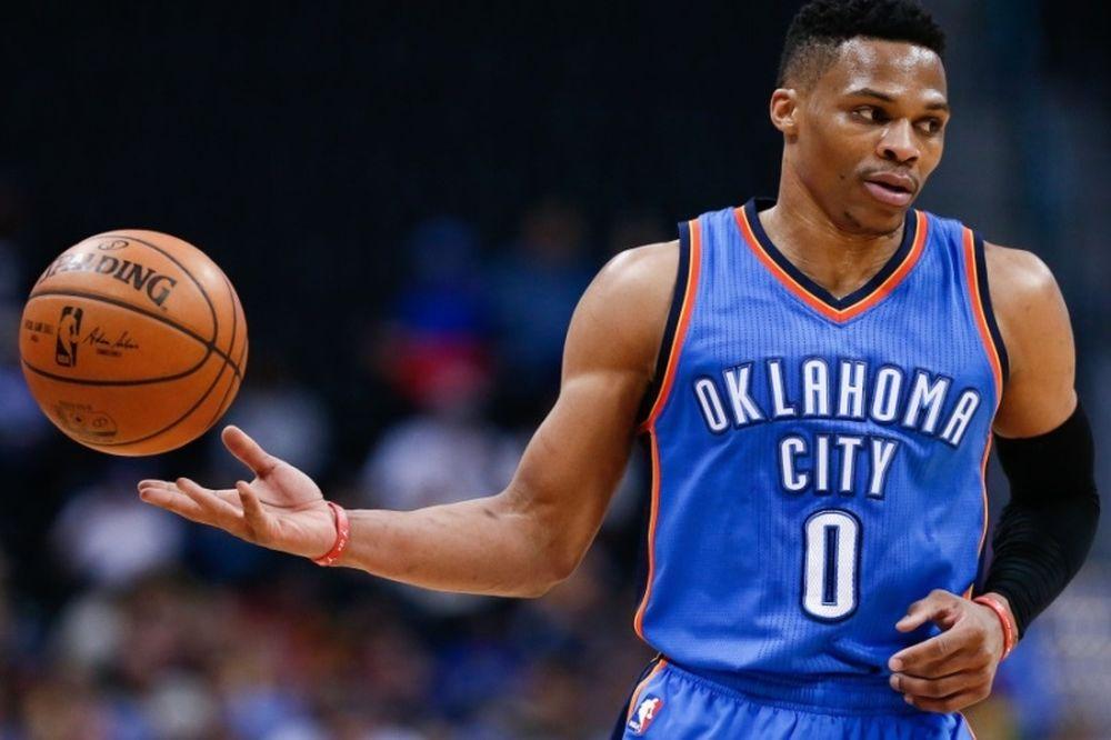 Ο Westbrook έκανε τα βήματα του αιώνα… (video)