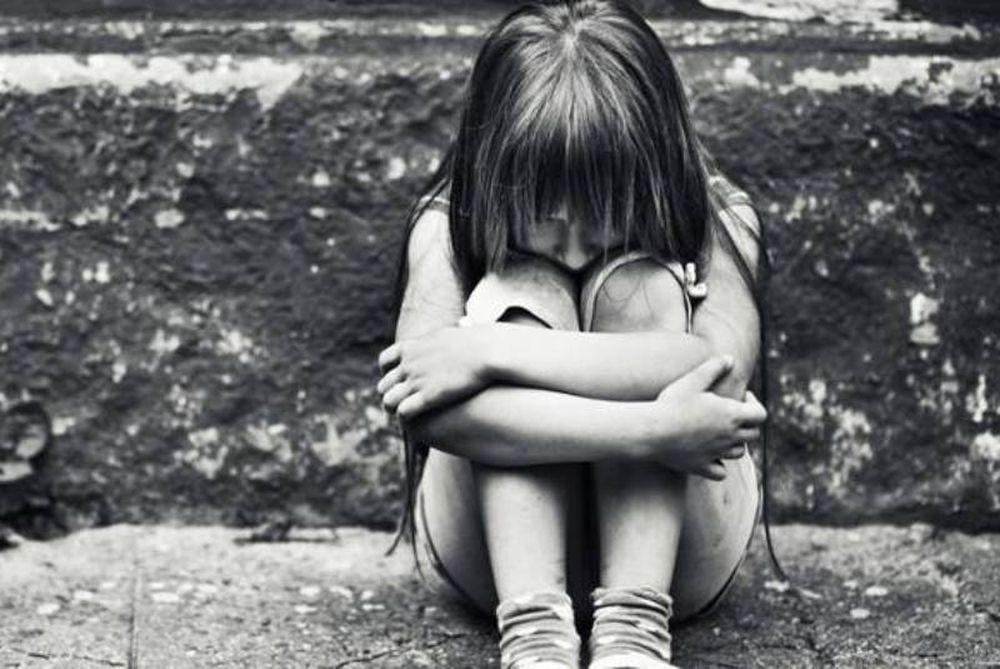 Πάτρα: Εντοπίστηκαν οι γονείς που εγκατέλειψαν τα τρία κοριτσάκια