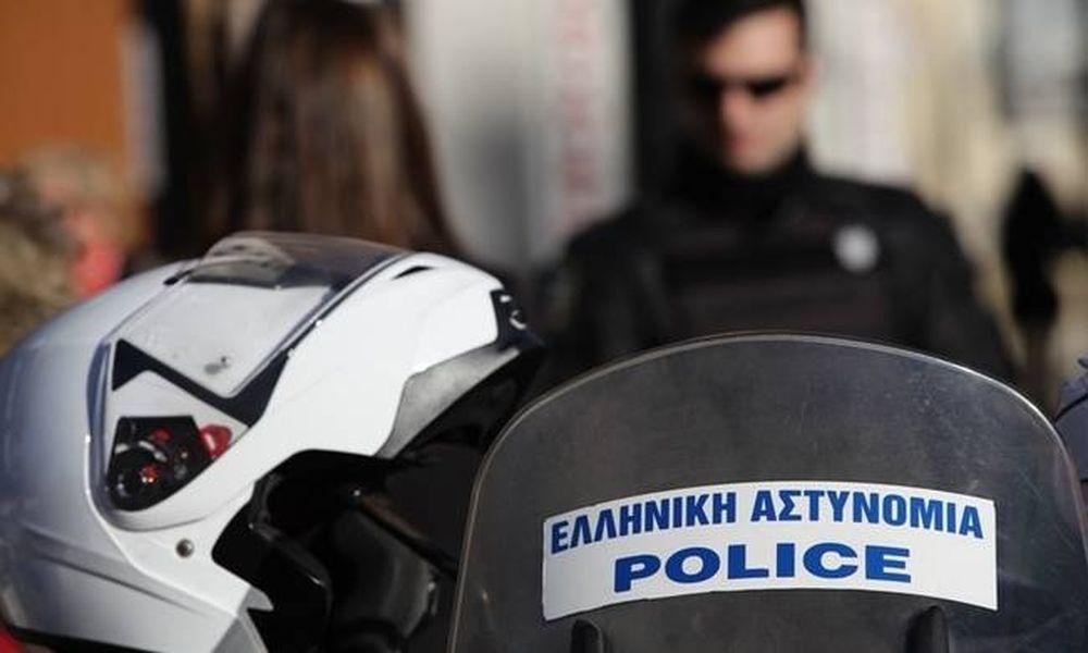 Σοκ στο κέντρο της Αθήνας - Τον λήστεψε και τον πέταξε από το μπαλκόνι