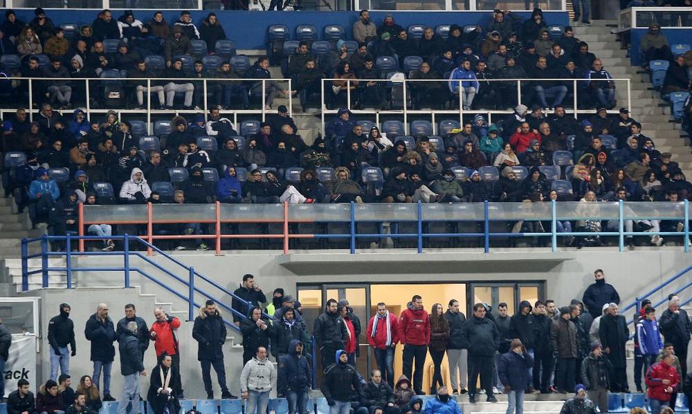 Φίλαθλοι μπήκαν στο γήπεδο δωρέαν επειδή δεν υπήρχαν εισιτήρια