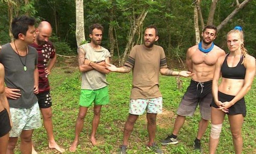 Survivor: Αρχίζει κλίκα και στους Μαχητές;