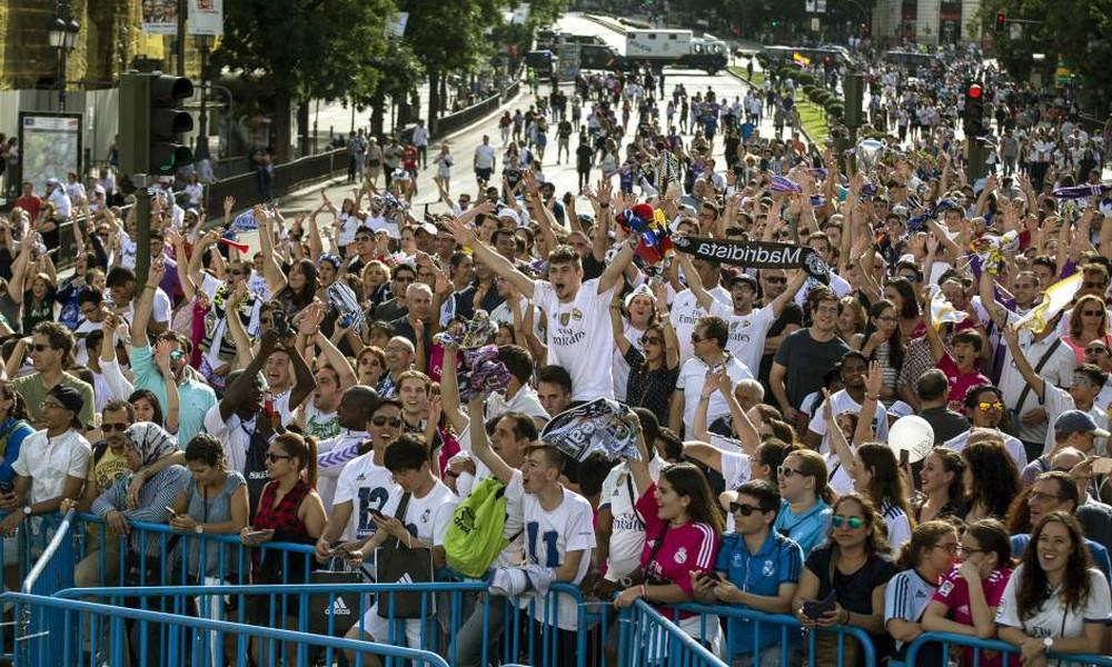 Ξεσάλωσε η Μαδρίτη για την κατάκτηση του Champions League (videos)