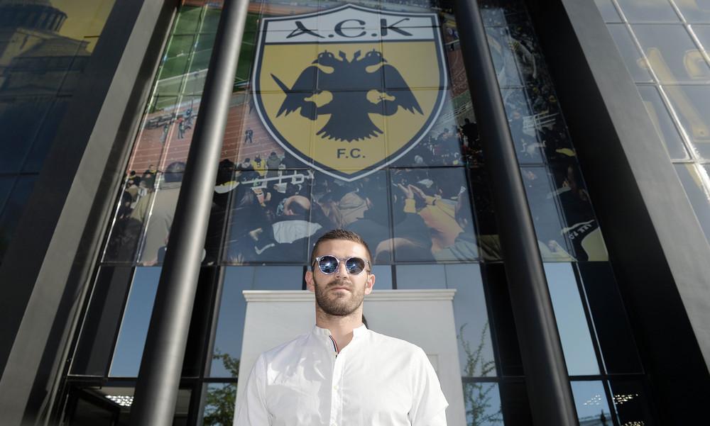 ΑΕΚ: Στα γραφεία της ΠΑΕ ο Λιβάγια! (photos)