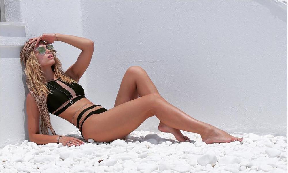 Ελληνίδα παρουσιάστρια κολάζει με την κορμάρα της το Instagram!