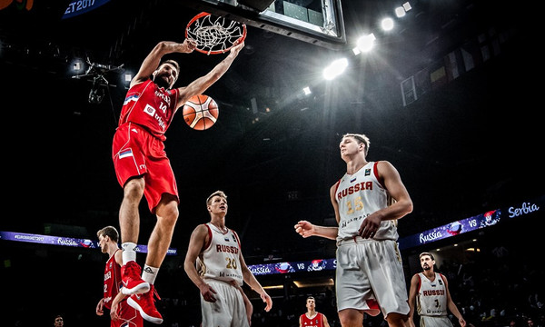 Ευρωμπάσκετ 2017: Τα... σπάει το top 5 των ημιτελικών (vid)