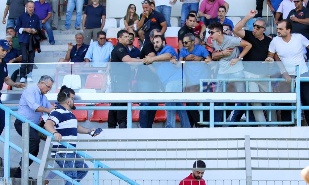 Χαμός στα Χανιά: Την «έπεσαν» στον πρόεδρο του Αχαρναϊκού! (pics)