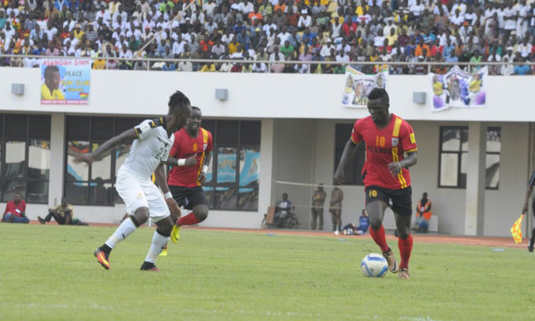 FIFA: Η Γκάνα ζητά την επανάληψη με Ουγκάντα