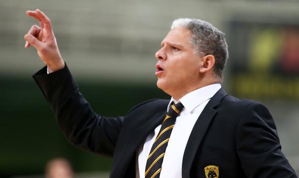 ΑΕΚ: Χωρίς προπονητή στην Ρόδο! (pics)