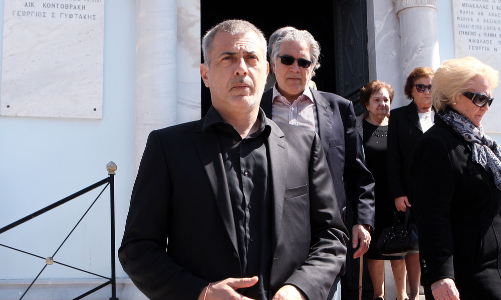 Μώραλης: «Πρόεδρος μέχρι να επανέλθει ο Μαρινάκης»