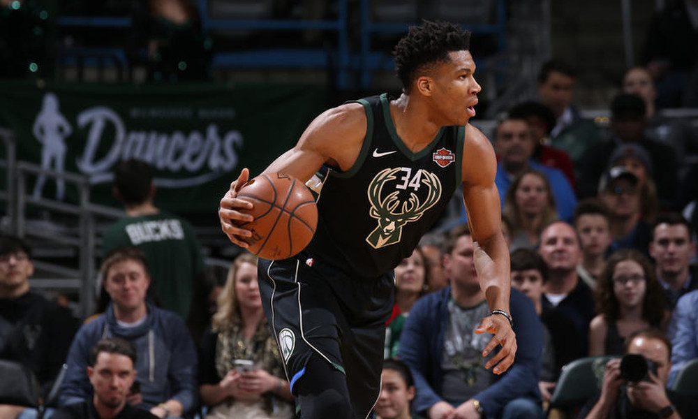 NBA: Ο Αντετοκούνμπο ξέρανε και πάλι με buzzer beater τους Νικς (photos+video)