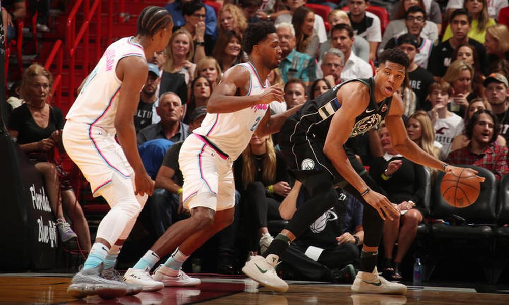 NBA: «Διπλός» Αντετοκούνμπο, ήττα για Μπακς (photos+video)
