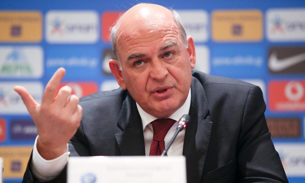 ΕΠΟ: Αυστηρό μήνυμα FIFA και UEFA! «Τιμωρίες ή τελειώσατε»!