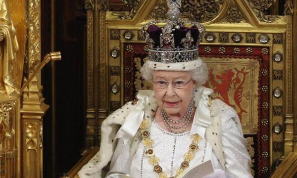 Μαραθώνιος Λονδίνου: Η Βασίλισσα Ελισσάβετ θα δώσει την εκκίνηση από το παλάτι του Ουϊνδσορ!