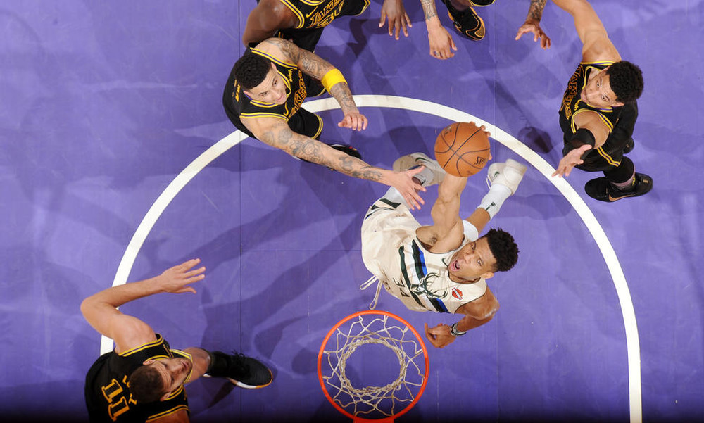 NBA: Πέρασαν κι από το Λος Άντζελες οι Μπακς (photos+video)