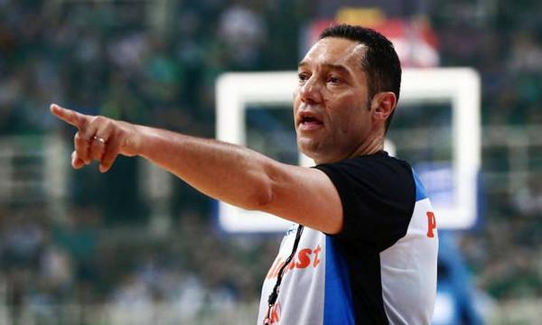 Ο Σφαιρόπουλος έμπαινε στο παρκέ, στον Πασκουάλ η τεχνική ποινή…