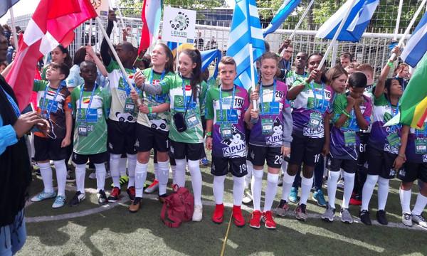 F4F: Έφτασε στη Μόσχα η ελληνική αποστολή του «Ποδόσφαιρο για τη Φιλία 2018»