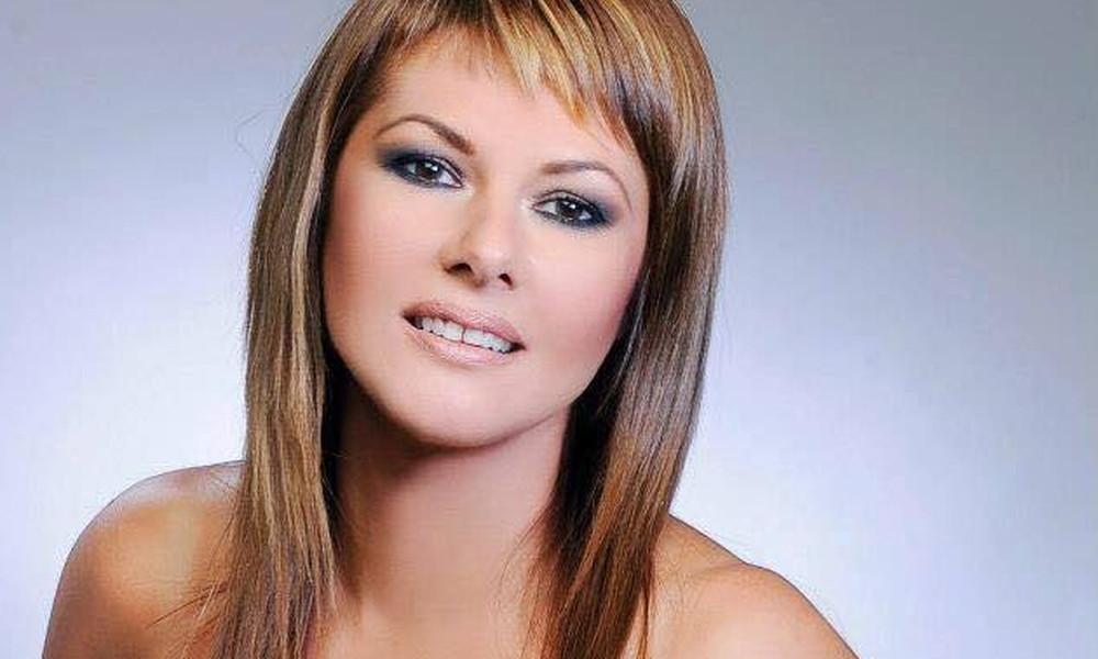 «Παράλογα αγαπάς»: Το νέο single της Ελένης Καρουσάκη