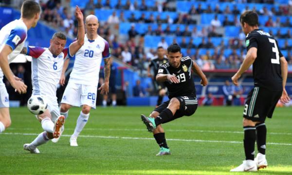 Παγκόσμιο Κύπελλο Ποδοσφαίρου 2018: Γκολάρα αλά... Γκερντ Μίλερ από Αγουέρο! (video)