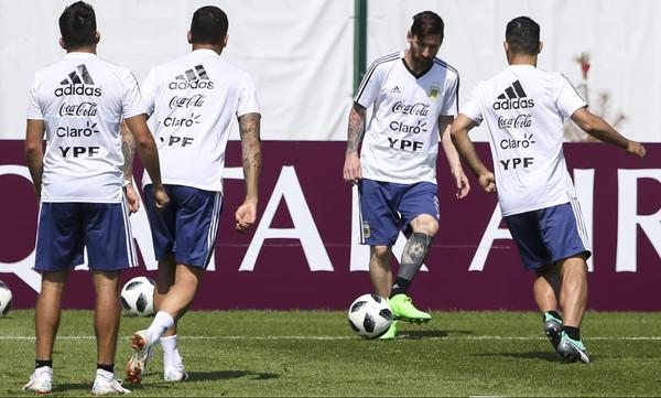 Παγκόσμιο Κύπελλο Ποδοσφαίρου 2018: Οι παίκτες της Αργεντινής θα βγάλουν ενδεκάδα με Νιγηρία!