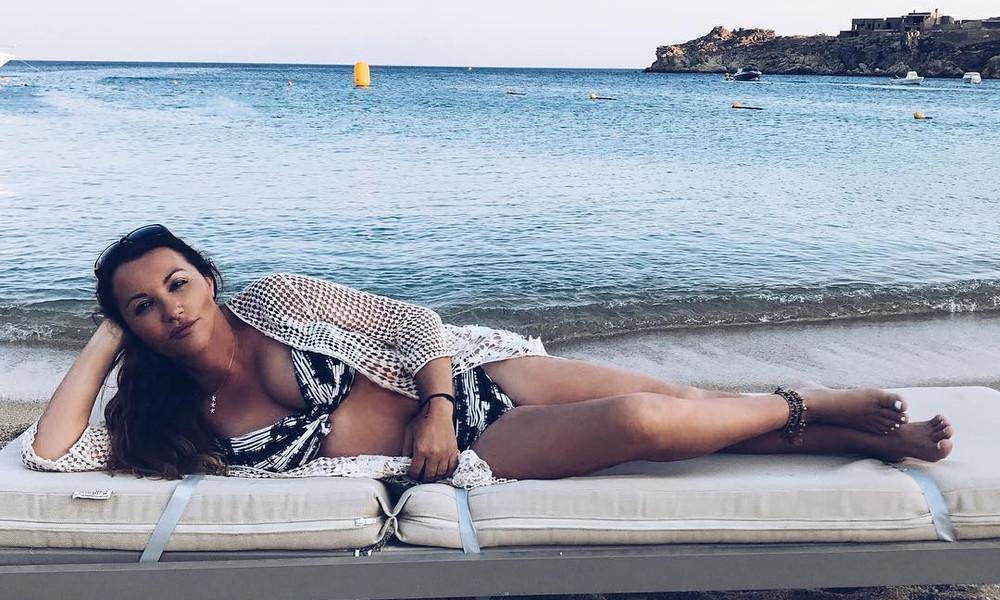 Τρέλανε το διαδίκτυο! Η Πόπη Μαλλιωτάκη στην πιο σέξι εκδοχή της (photos)