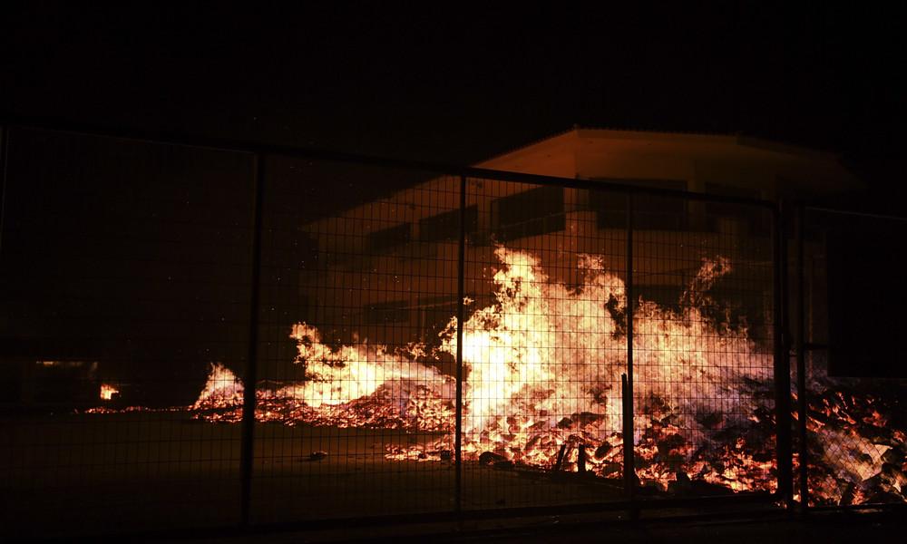 Φωτιά: Είδη πρώτης ανάγκης για τους πληγέντες από την Θύρα 7