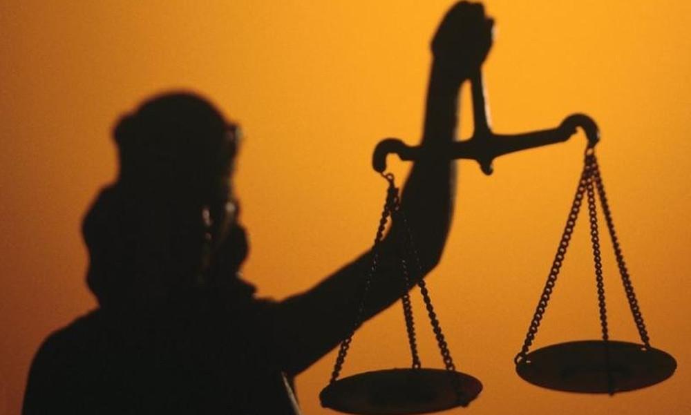«Πέρασε» η τροπολογία για την επανεκλογή δικαστών στα όργανα της ΕΠΟ