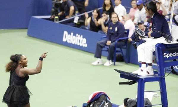 Απίστευτο ξέσπασμα Σερένα Ουίλιαμς στο US Open κατά του διαιτητή: «Είσαι κλέφτης!» (photo+videos)