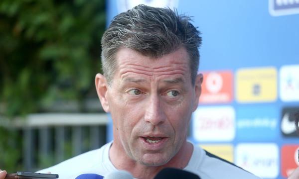 Σκίμπε: «Μίλησα με τον Βλαχοδήμο, ότι πουν FIFA/UEFA»