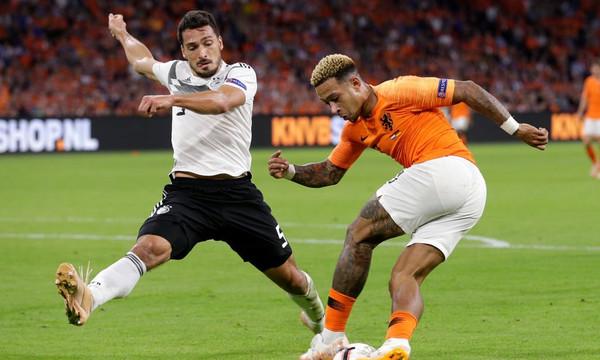 UEFA Nations League: «Οράνιε» για φίλημα (videos+photos)