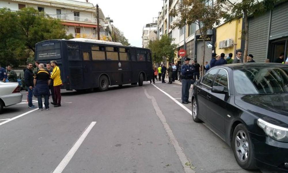 Άρης-ΠΑΟΚ: Τι συμβαίνει στο «Βικελίδης» πριν τη σέντρα - Συναγερμός στην αστυνομία (photos,video)
