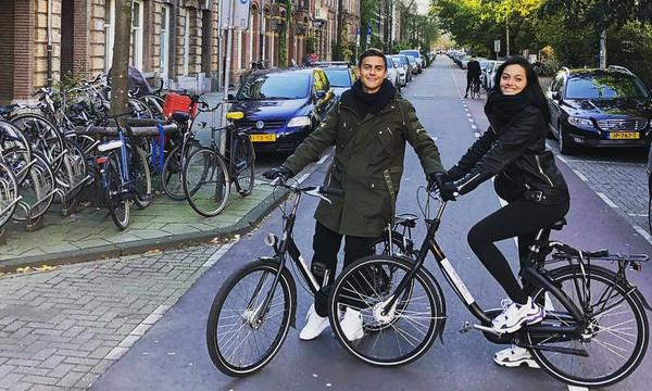 Πάουλο Ντιμπάλα: Απόδραση στο Άμστερνταμ με την σέξι σύντροφό του (pics)