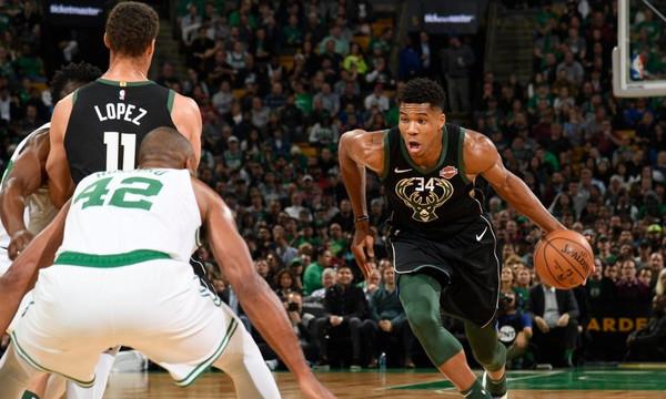 NBA: «Λύγισαν» οι Μπακς, μαγικός Γιάννης (videos)