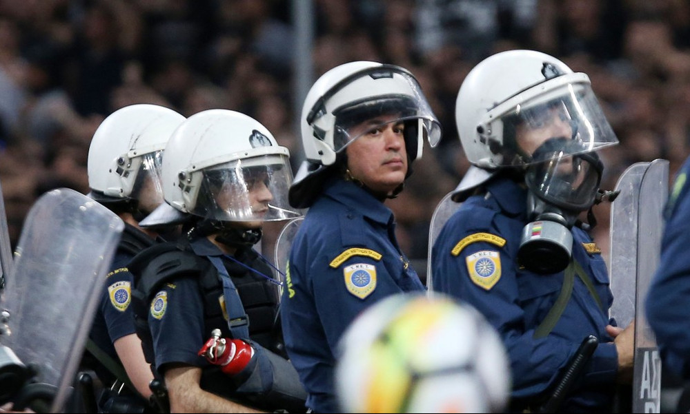 Παναθηναϊκός-ΑΕΚ: Πρωτοφανές επεισόδιο στο ΟΑΚΑ με τρεις τραυματίες!